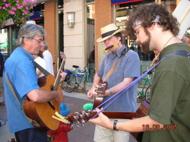 Michael Munnik and colleagues playing music on the line in Ottawa, 2005
