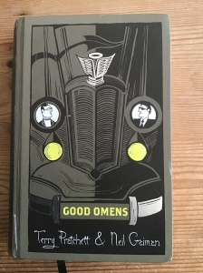Cover of Terry Pratchett and Neil Gaiman's Good Omens