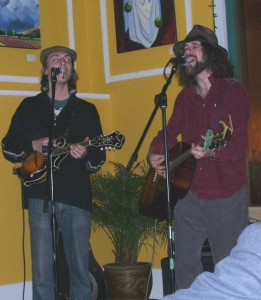 Ira Pelletier on mandolin and Michael Munnik on guitar, singing at the Vault, Nanaimo